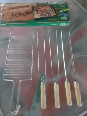 Set de parrilla para asador. Nuevo sin uso