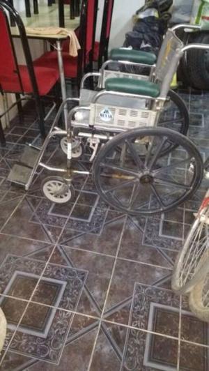 Silla de rueda funcionando perfactamente $