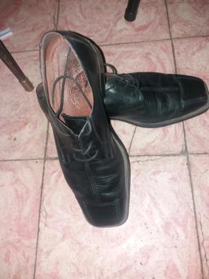 Zapatos para hombre número 41