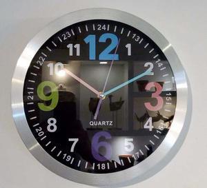 Reloj De Pared Redondo Plateado Fondo Negro 30cm Num Colores