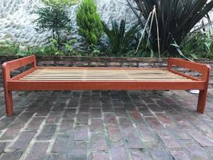 Cama simple madera