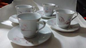 Juego de 4 tazas de café,Made in China con ribetes dorados