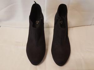 Botitas negras H&M - Nro 38