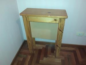 Mesa de Arrime - Dressoire – Dresuar de pino