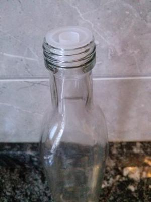 Botella Aceite Cuadrada X 500cc Con Pico Vertedor Y Tapa