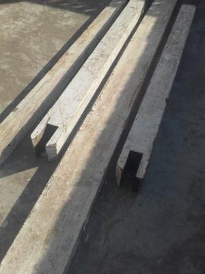 Columnas de madera y vigas