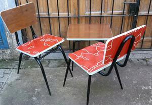 2 sillas vintage y mesa ratona