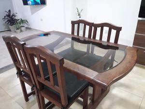 Mesa de Algarrobo y vidrio + 4 sillas