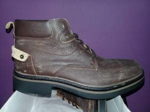 zapatos, borcegos y zapatillas de cuero vacuno