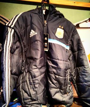 Vendo camperon de la selección argentina con mangas
