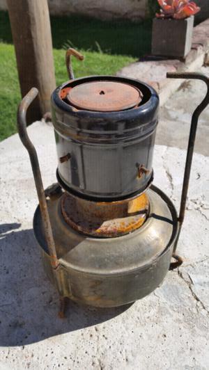 Calentador antiguo, funcionando.