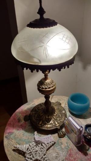Lámpara de mesa y de pie