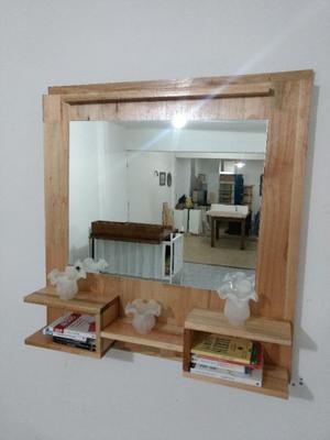 Precioso Espejo Con estantes! De madera, amplio y espacioso