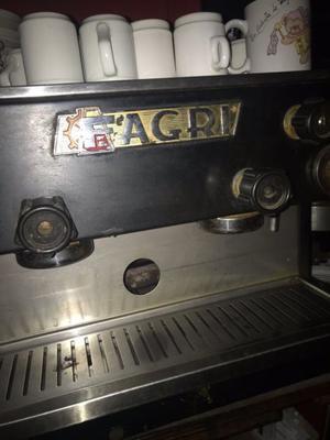 Vendo cafetera express de uso comercial
