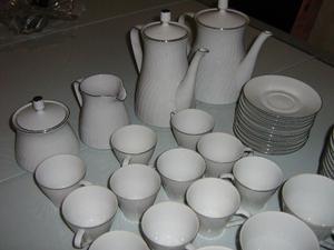 Juego De Vajilla De Porcelana Tsuji 106 Piezas