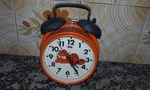 Reloj antiguo con Garfield
