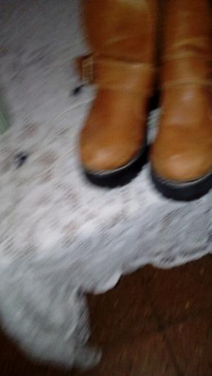 Vendo botas y campera