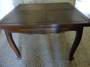Juego de comedor: mesa y seis sillas estilo provenzal