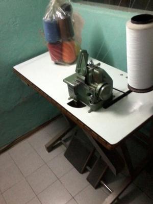 Máquina remalladora 3 hilos