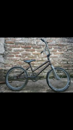 Vendo bicicleta para nene r16