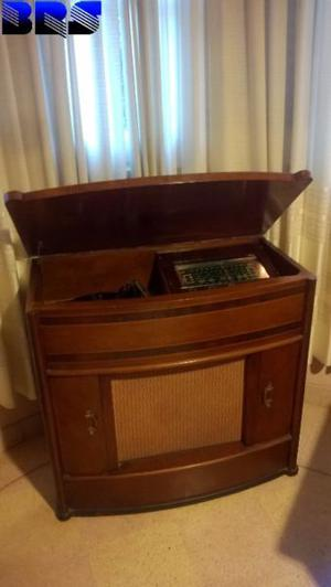 Vendo tocadiscos combinado antiguo impecable funcionando