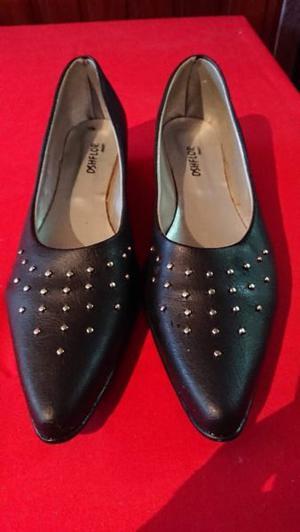 Zapato de mujer de salir chatita número 38
