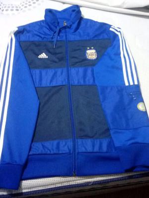 Adidas seleccion Argentina talle L nuevo.