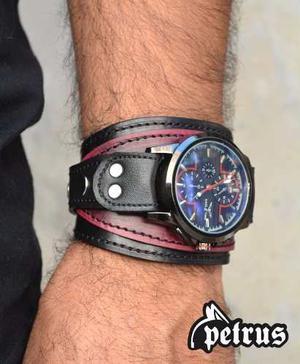 d9ddfafbbecb Brazalete de cuero con reloj - muñequera !!! nuevo