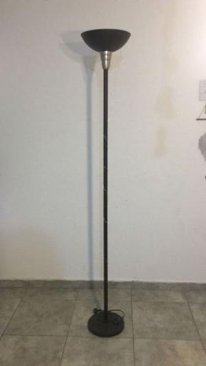 LAMPARA DE PIE + MESA + ESCRITORIO