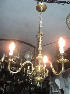 Antigua araña estilo frances de bronce. Antigua Saudade