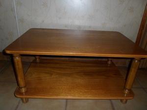 vendo mesa ratona de madera.