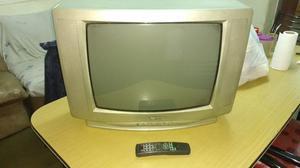 """TV de 21"""" usado con control remoto"""
