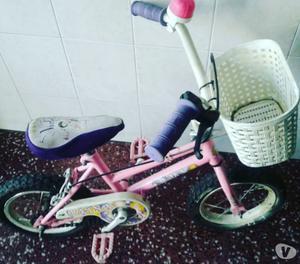 BICICLETA BMX RODADO 12 DE NIÑA EXCELENTE ESTADO ACCESORIOS