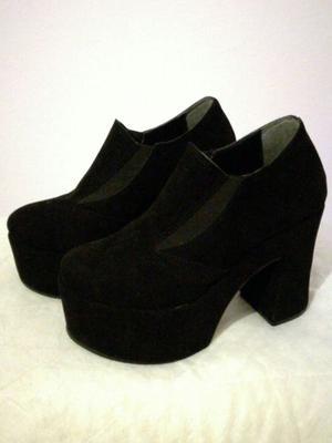 Zapatos de gamuza con plataforma