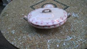 antigua fuente sopera