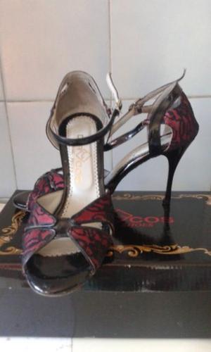 Sandalias de tango. Nro 37. Poco uso.