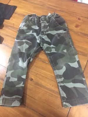 2 jeans Old Navy y Calvin Klain