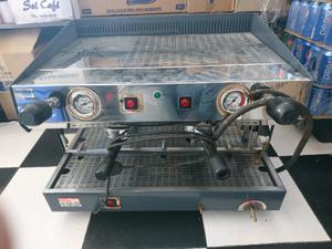 Maquina de cafe rochino=rilo