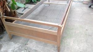 Cama de 1 plaza de madera con elástico de metal desmontable