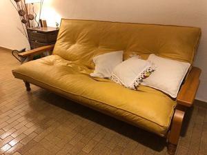 Futón cama de tres cuerpos de madera y colchón de ecocuero
