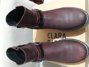 Lindas botas cuero bord