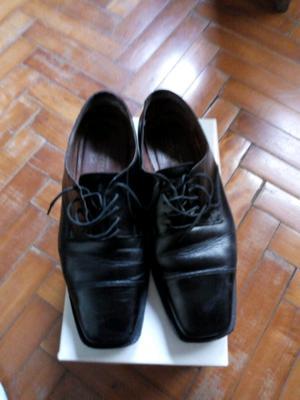 Zapatos de hombre de cuero T. 43