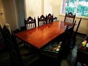 Mesa 8 sillas de cedro antigua excelente estado usada