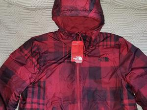 campera The North Face reversible talle L
