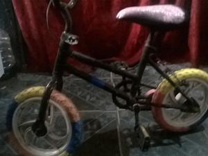 1 bicicleta para niña usada.
