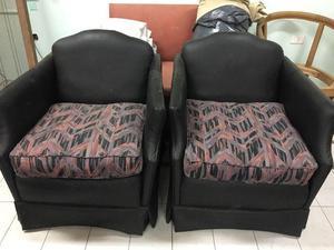 2 sillones de cuero negro. un cuerpo cada uno, listos para