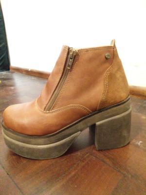 Vendo botas N°37