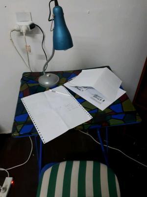 Combo mesa de estudio y silla