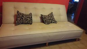 Vendo sillon de dos plazas en cuero talampalla