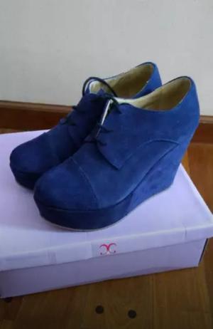 Zapatos azules, talle 39, un uso